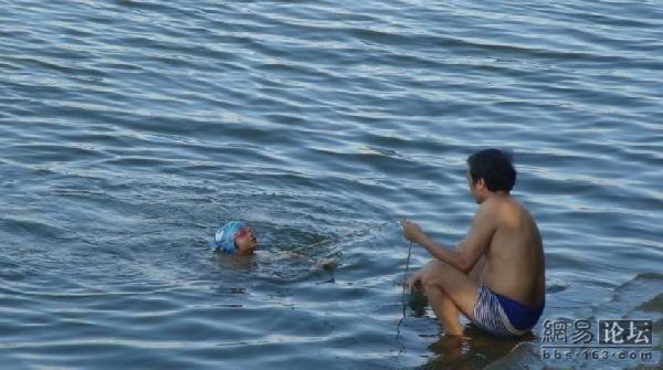 ensinando a nadar (4)