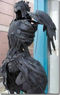 sculptures_made_from_used_tyres_2_07