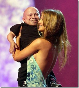 Verne Troyer and Carmen Electra