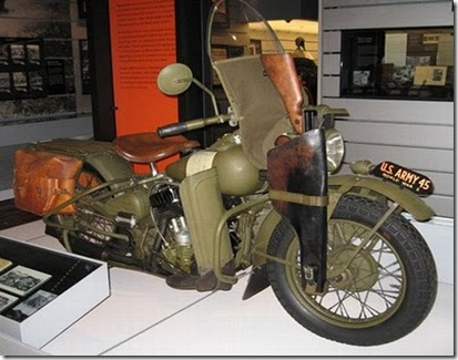 eua-Second_World_War_motorcycles_07