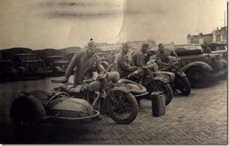 eua-Second_World_War_motorcycles_14