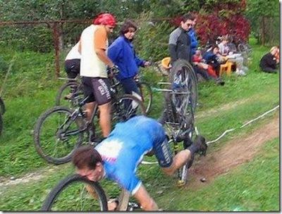 unlucky_cyclists_06