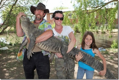 9_year_old_alligator_wrestler_03